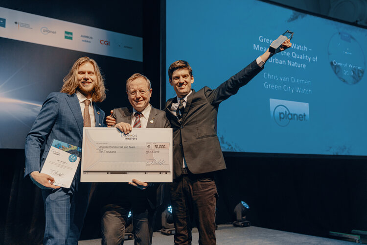 Green City Watch grabs top prize at Copernicus Masters