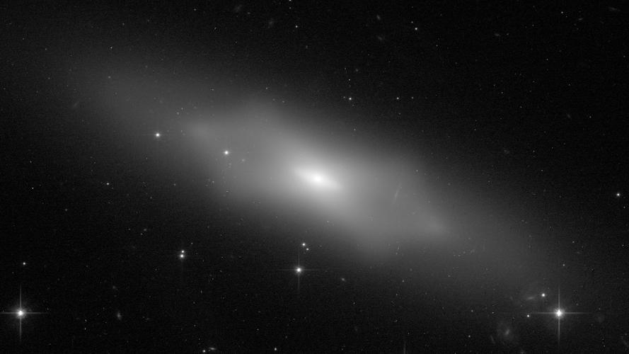 Hubble's celestial peanut