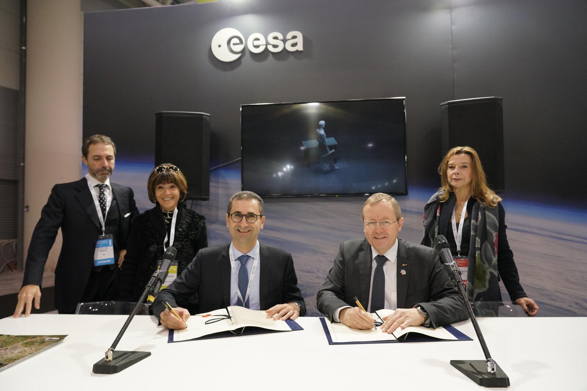 Signature of ESA_Lab @ Politecnico of Bari