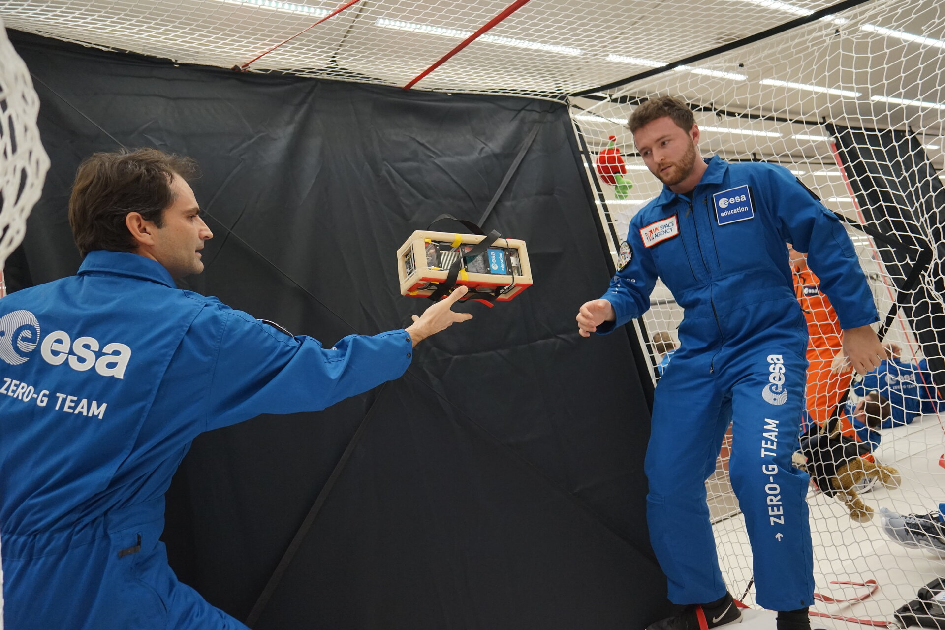 Release of the PHPCubed experiment soon after injection into microgravity