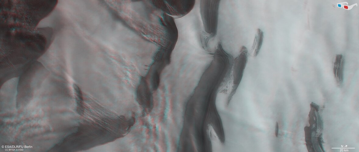 Mars' north polar ice cap in 3D