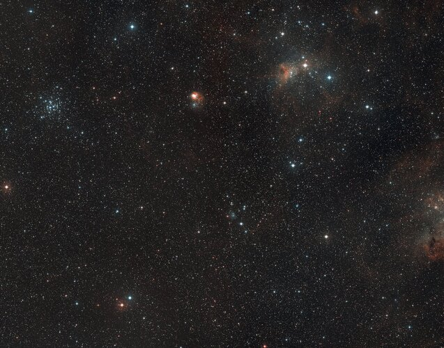Wide-field view on star-forming region AFGL 5142