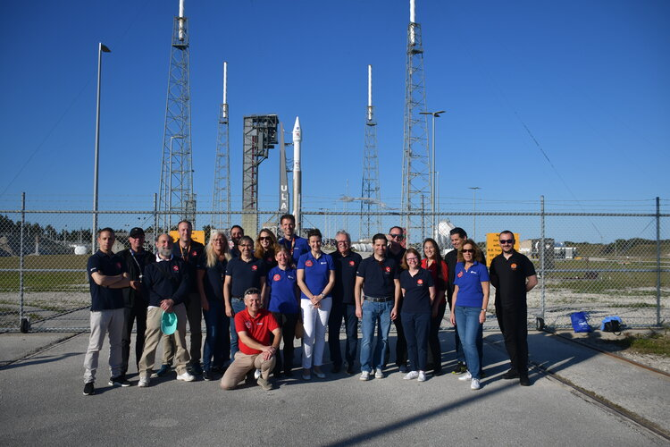 ESA Solar Orbiter team at the launch pad