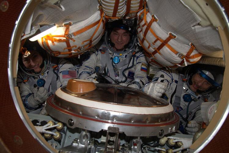 Luca, Christina and Alexander in Soyuz MS-13