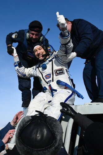 Luca emerges from Soyuz MS-13