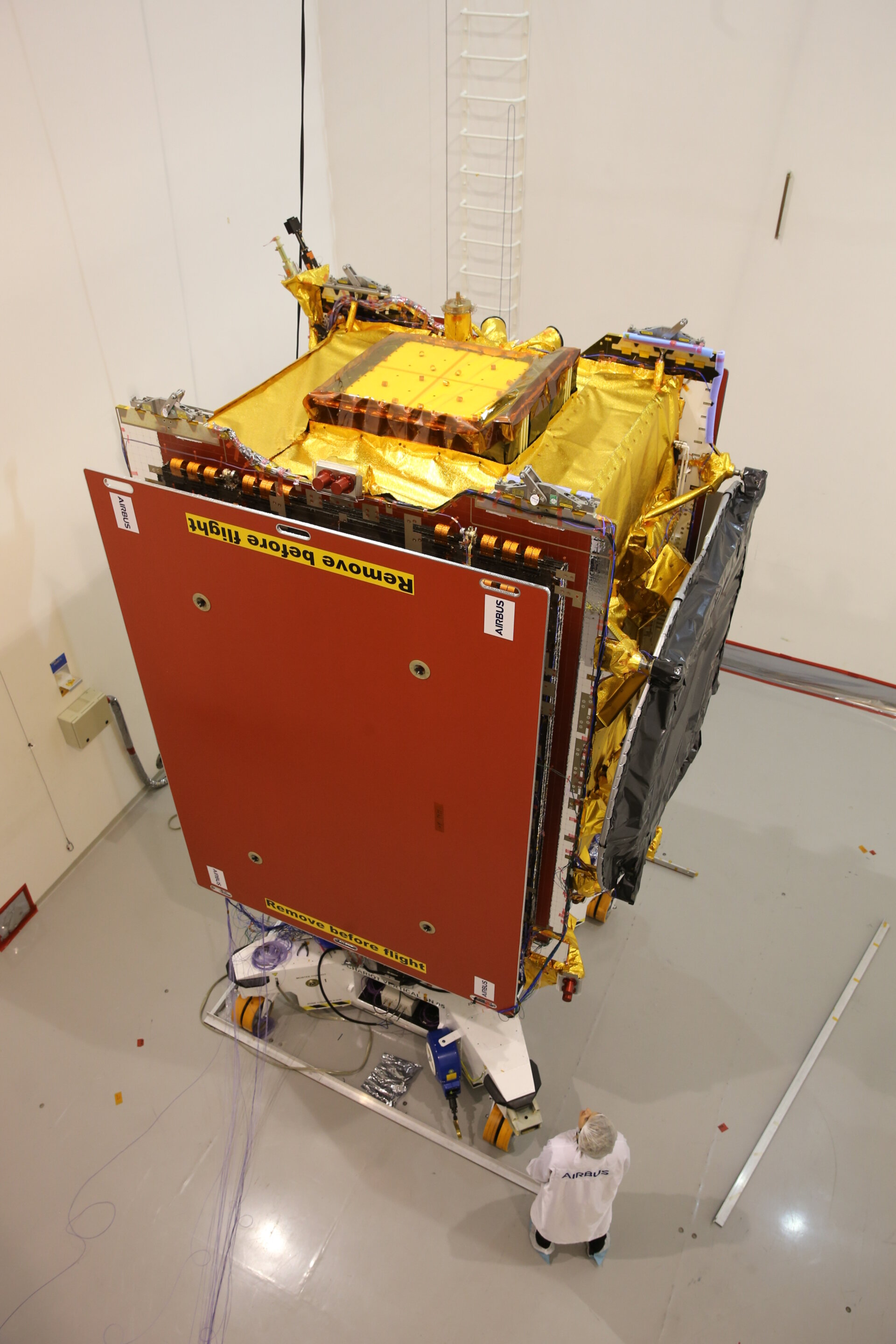 Quantum satellite at the mechanical test facility