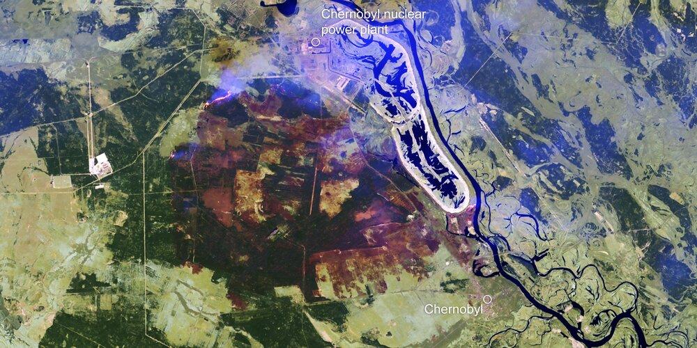 Mapování černobylských požárů z vesmíru