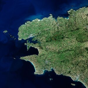 The Copernicus Sentinel-2 mission takes us over Finistère – a French department in the west of Brittany.