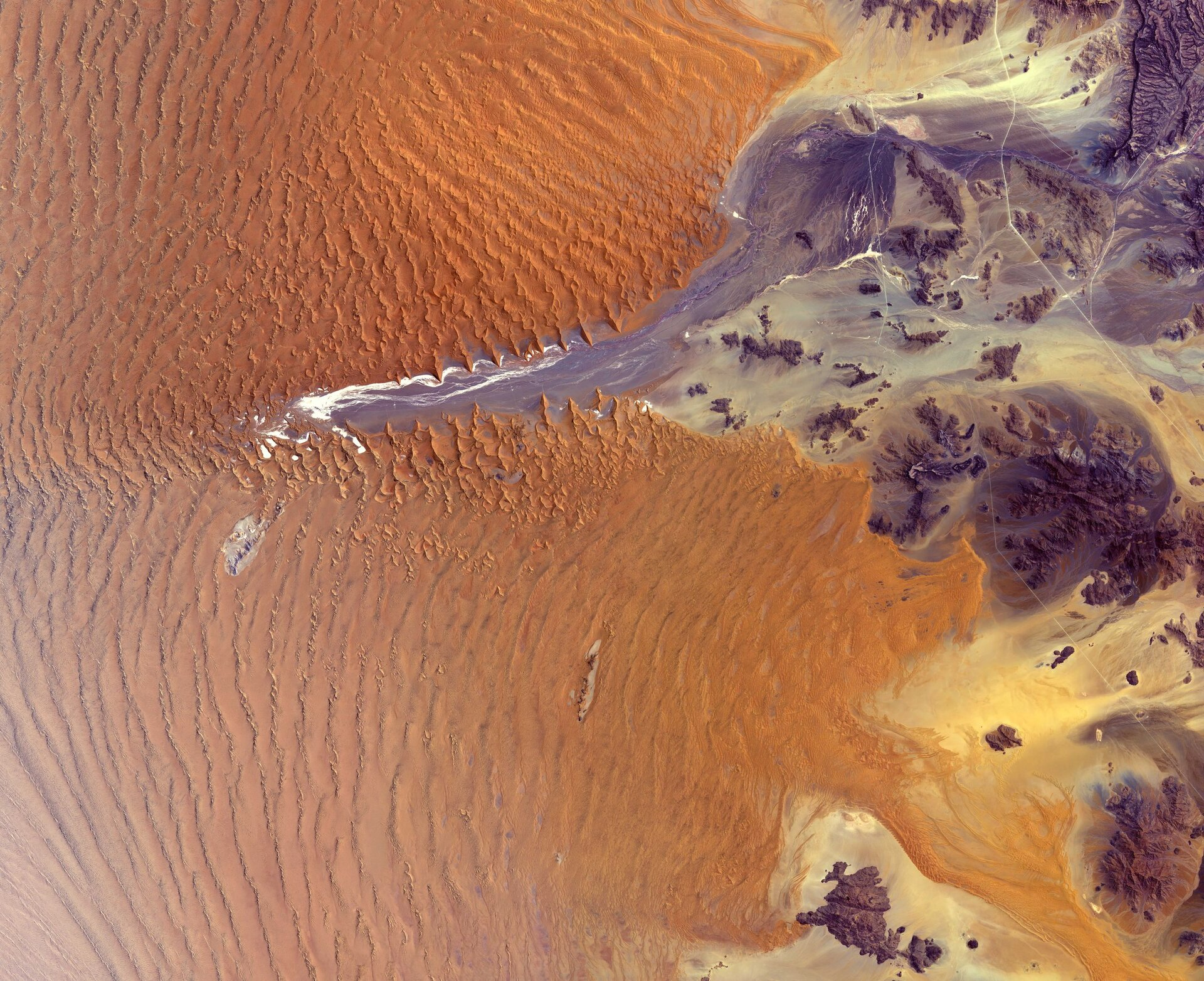 The Copernicus Sentinel-2 mission takes us over part of the Namib Desert in western Namibia.