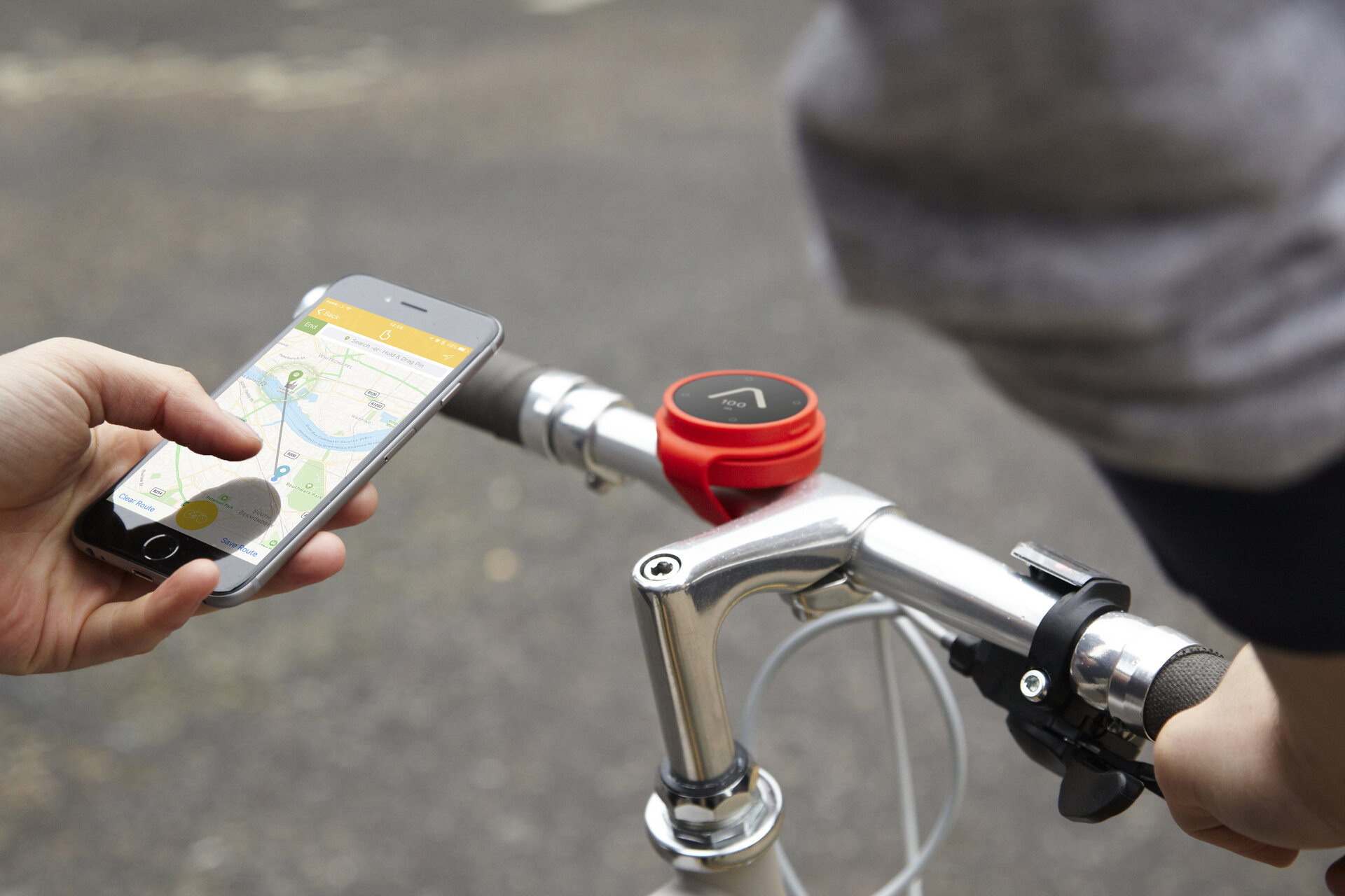 The app calculates the best route and gives navigation directions for cyclists