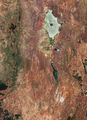 The Copernicus Sentinel-2 mission takes us over part of the Great Rift Valley, Kenya.