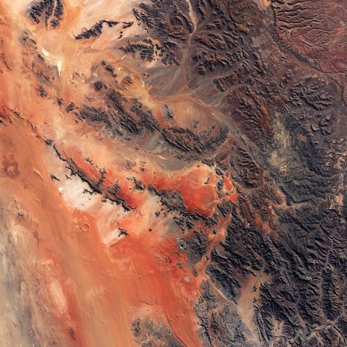 On Asteroid Day, the Copernicus Sentinel-2 mission takes us over the Roter Kamm impact crater in Namibia.