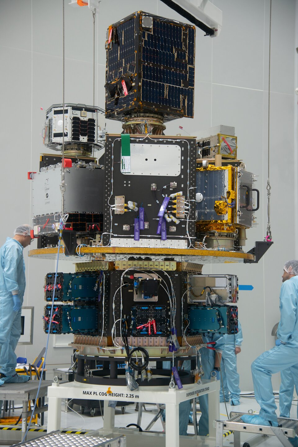Fitted with satellites the SSMS main deck and HEX module are integrated