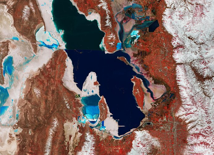 Utah's Great Salt Lake and its surroundings are featured in this false-colour image captured by the Copernicus Sentinel-2 mission.