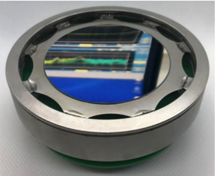 Deformable mirror with the newly developed isostatic mounting and a soft PZT ceramic (700 µm)