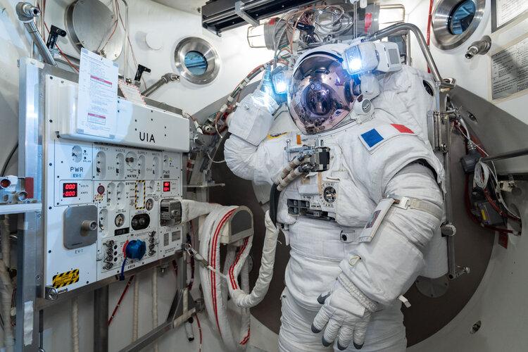 Thomas Pesquet during vacuum chamber testing