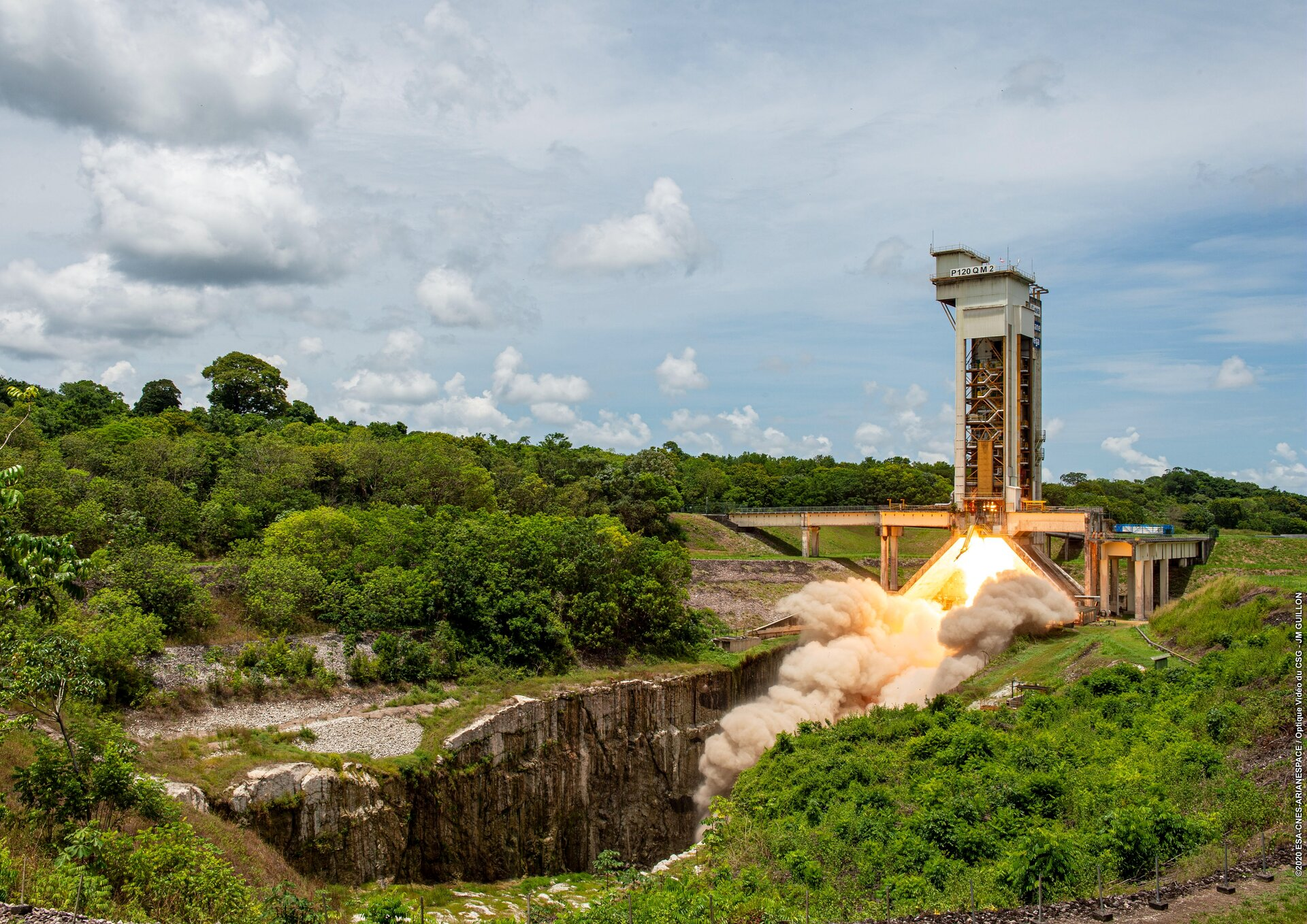 The qualification model of the P120C motor for Ariane 6 completed its hot firing on 7 October 2020 at Europe's Spaceport