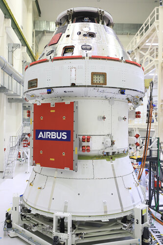 Orion for Artemis I with solar panel covers