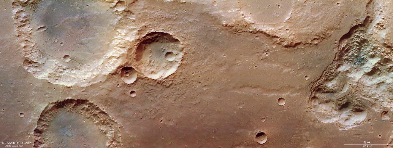 Chaotic terrain in Mars' Pyrrhae Regio