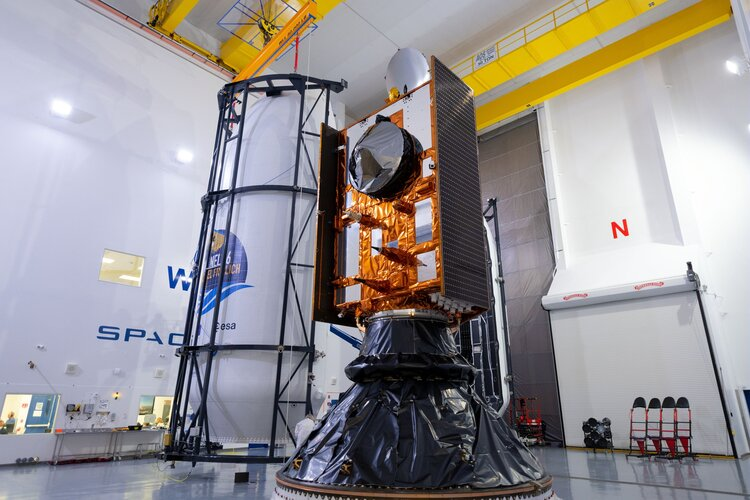 Copernicus Sentinel-6 Michael Freilich ready for encapsulation