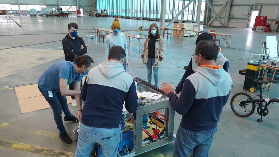RELOX having a quick review of their hardware in the hangar as it arrives in Paderborn