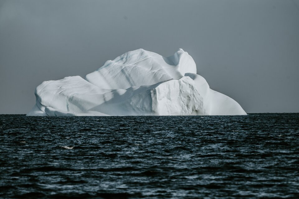 Racers face risk of icebergs