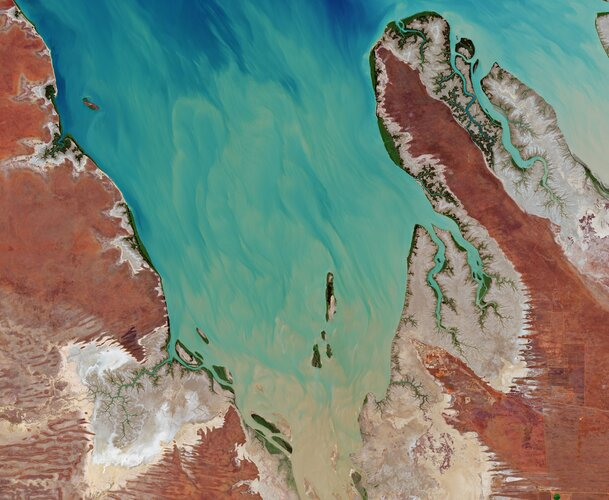 For Valentine's Day, the Copernicus Sentinel-2 mission takes us over Valentine Island in northern Western Australia.
