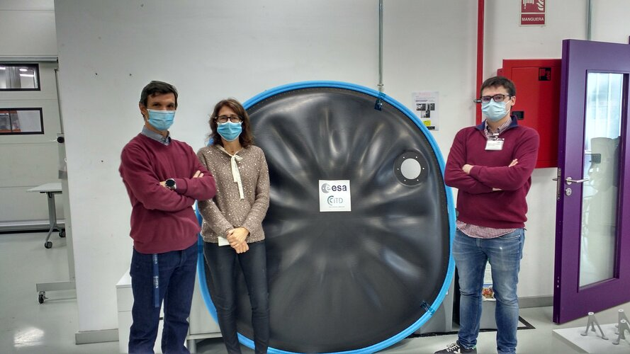 CFRP firewall tested for Airbus