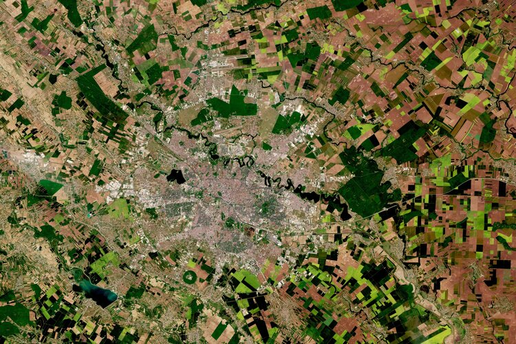 The Copernicus Sentinel-2 mission takes us over Bucharest – the capital and largest city of Romania.