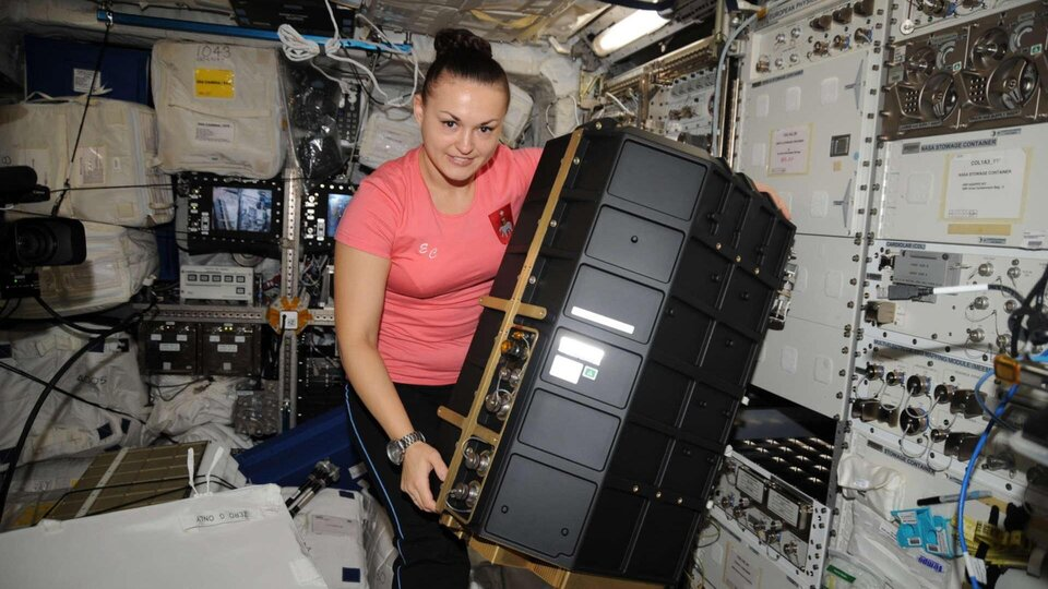 Elena installing PK-4 in 2014