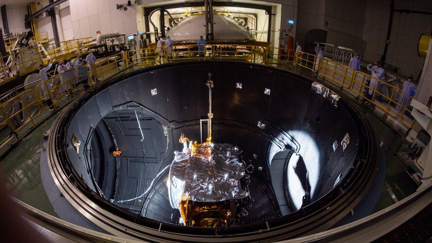 Juice in Large Space Simulator