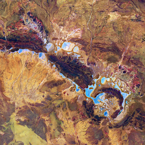 For Asteroid Day, the Copernicus Sentinel-2 mission takes us over the Shoemaker Impact Structure (formerly known as Teague Ring) in Western Australia.
