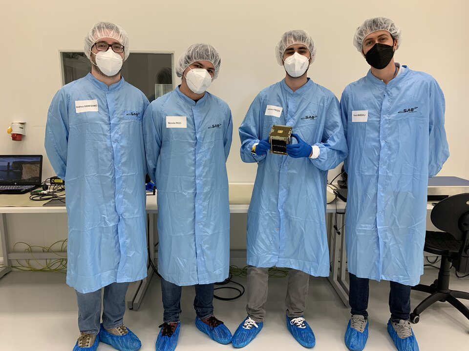 Members of the LEDSAT team in the cleanroom