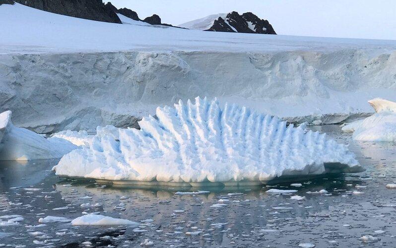Ice sheet in Antarctica