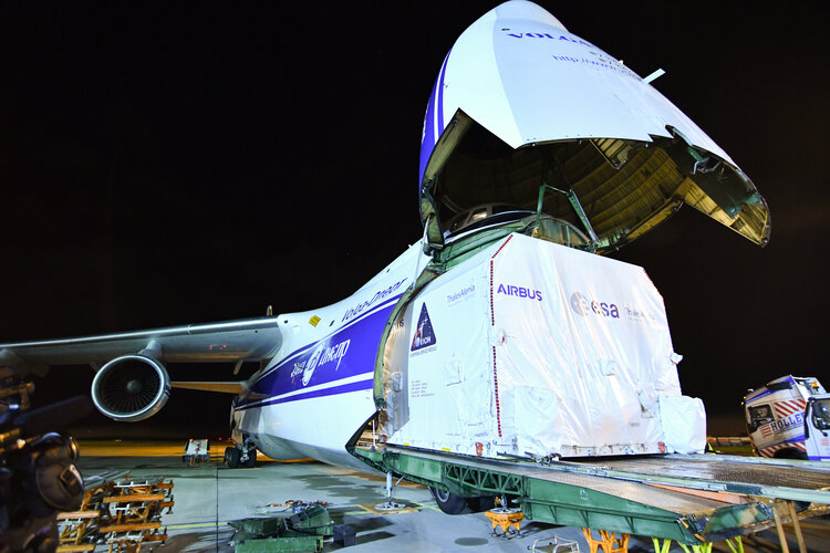 ESM-2 departs from Europe before Moon adventure
