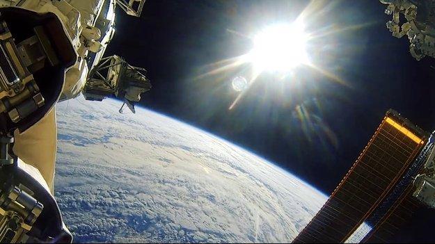 low earth orbit freefall - photo #18