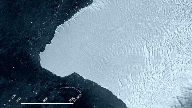 QnA VBage Sentinels monitor converging ice cracks